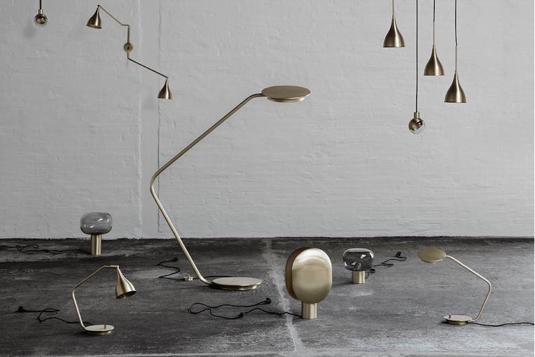 Lampadaire Moderniste