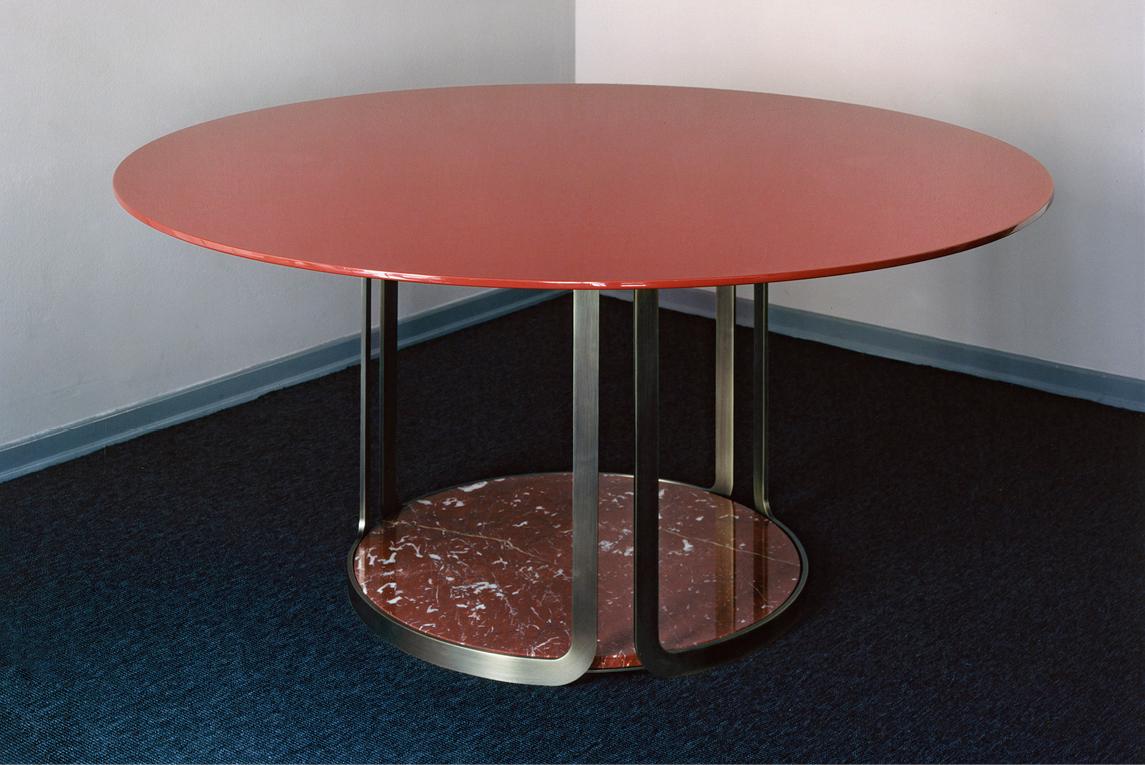 Table Penelope
