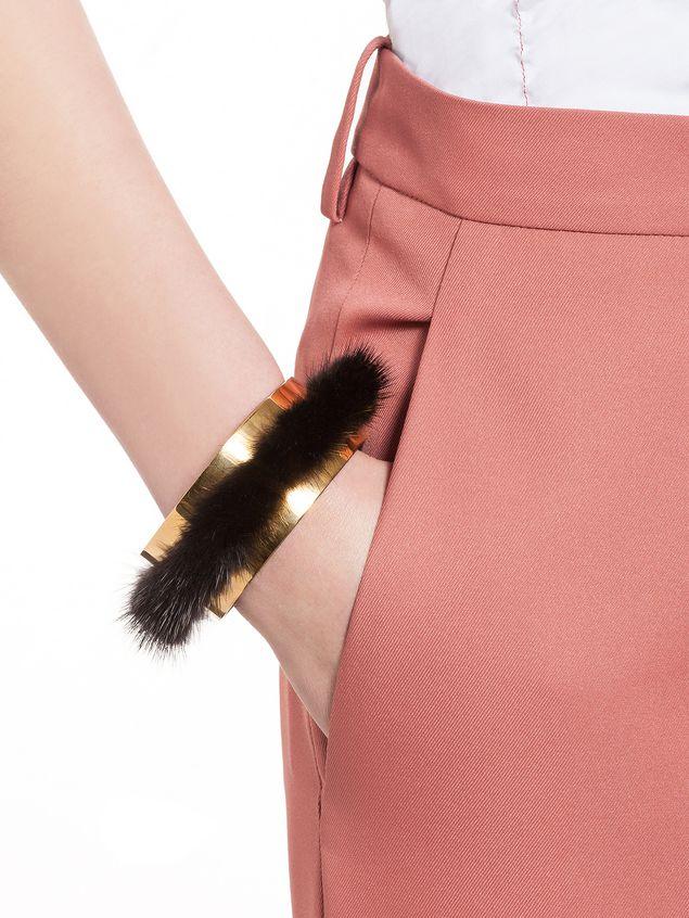 Bracelet en vison et métal