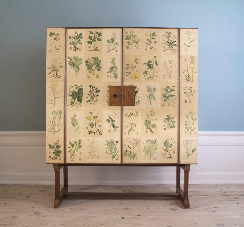 Cabinet Floral