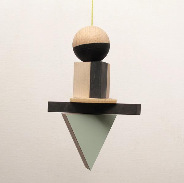 Pendulum mobile 15