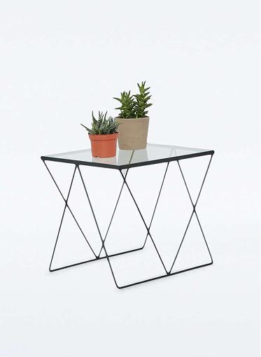 Table motifs petits losanges