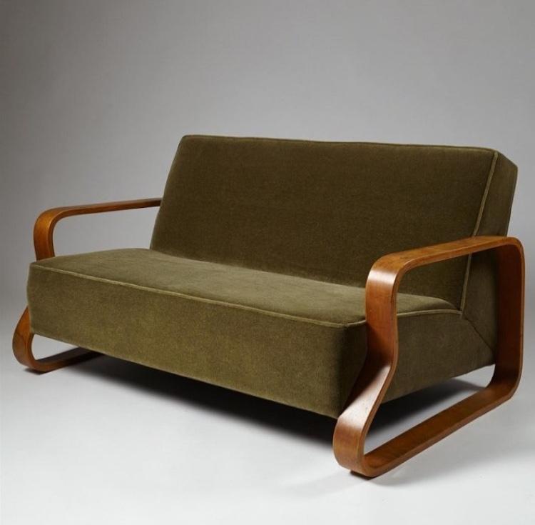 Sofa Model 544
