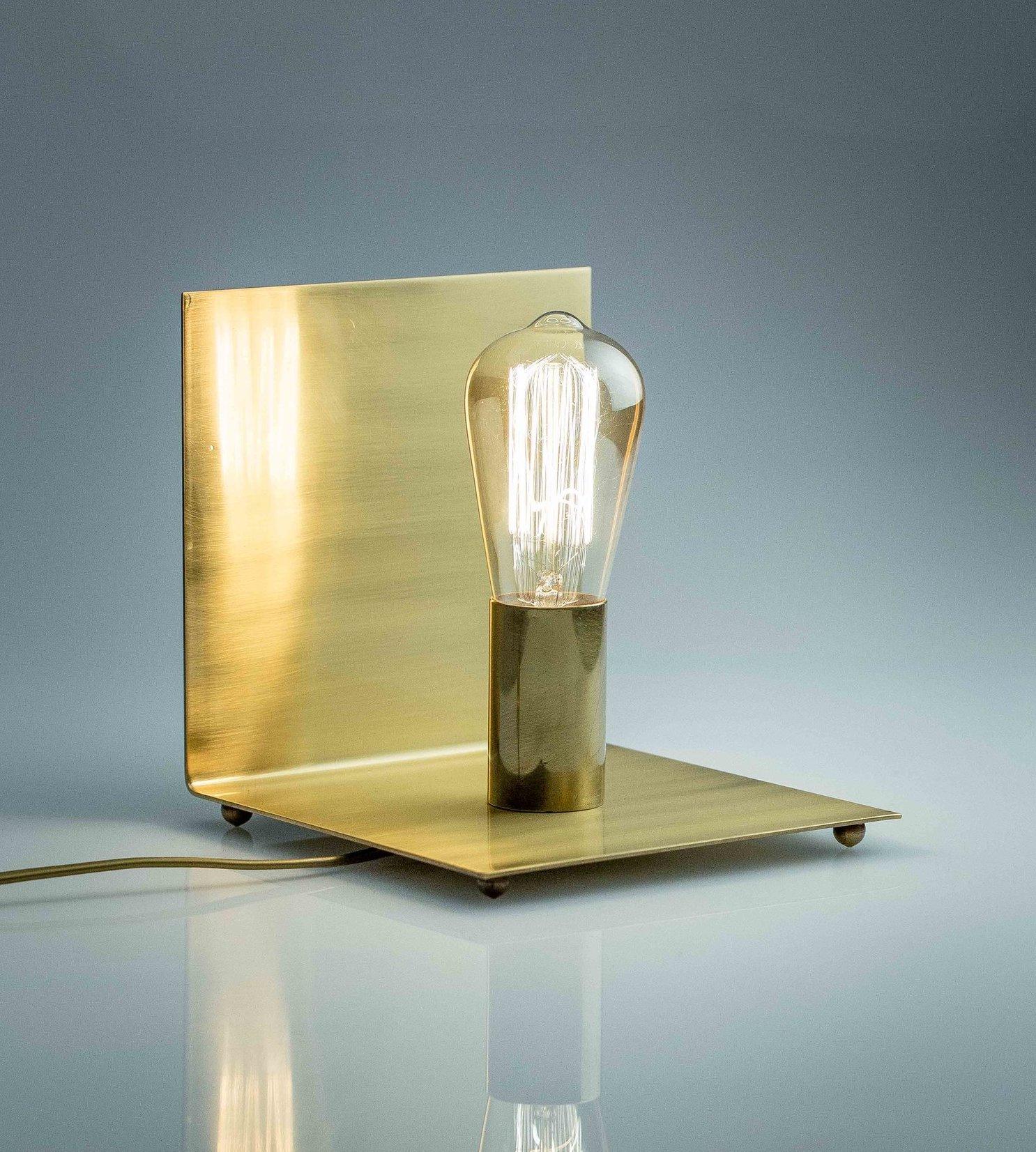 Lampe de table Angle