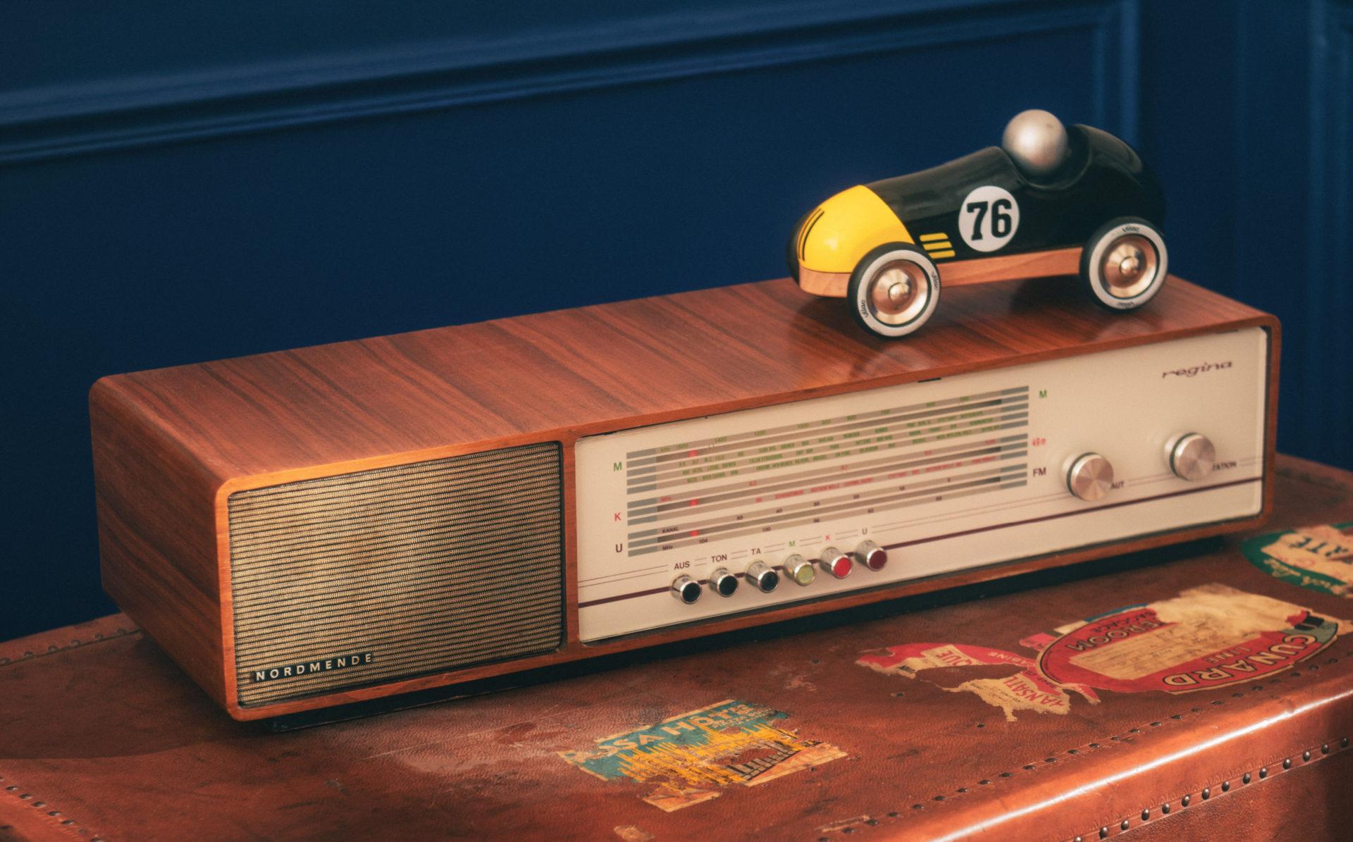 Radio vintage Régina