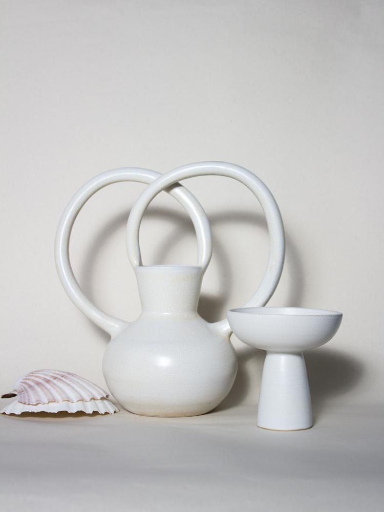 Vase arch