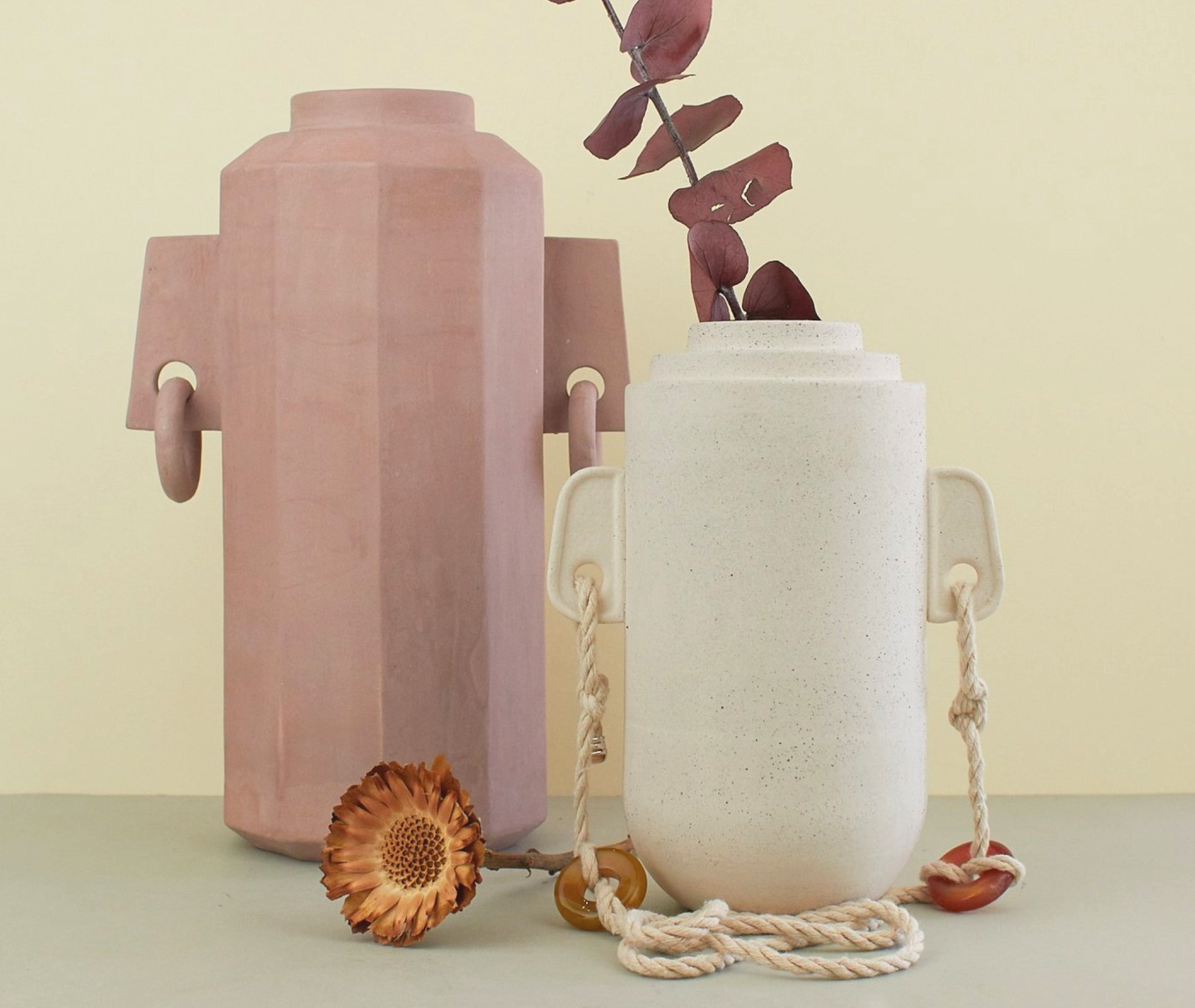 Vases sculpturaux