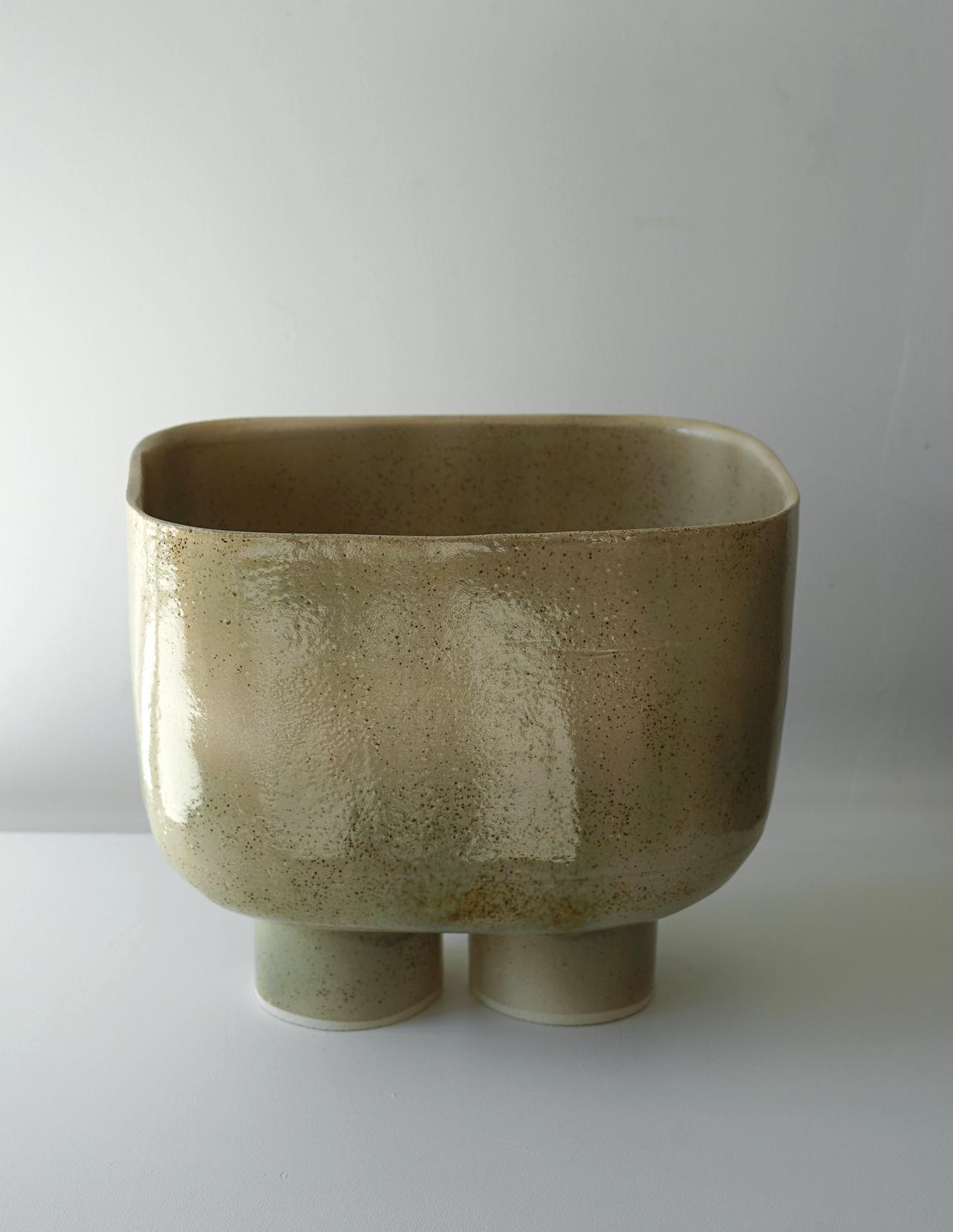 Cache-pot Planter