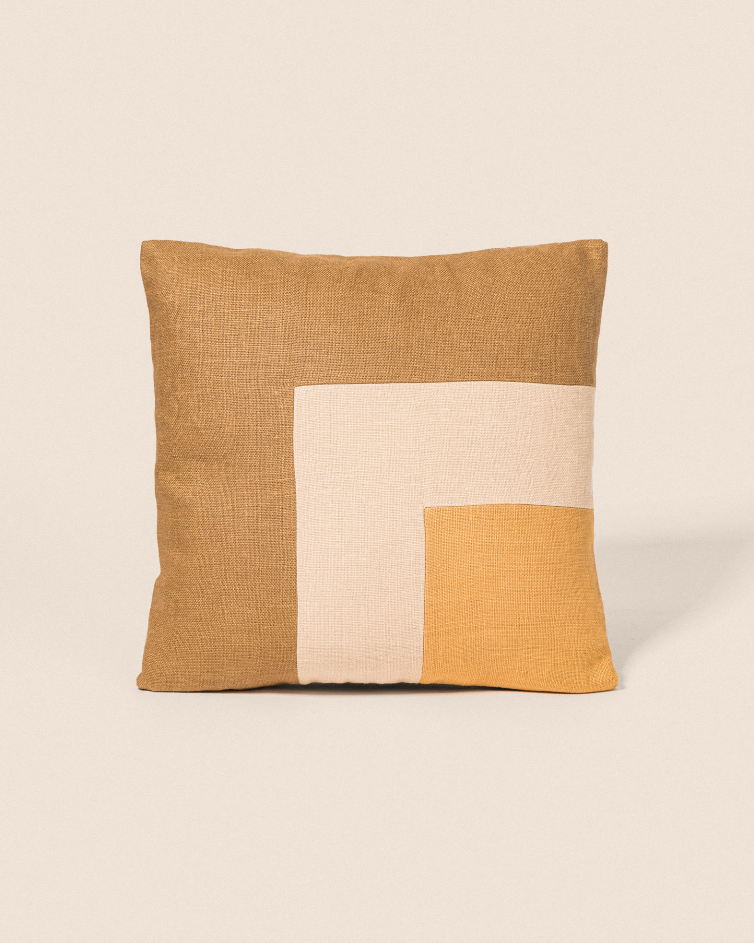 Coussin Square - Camel & Gold